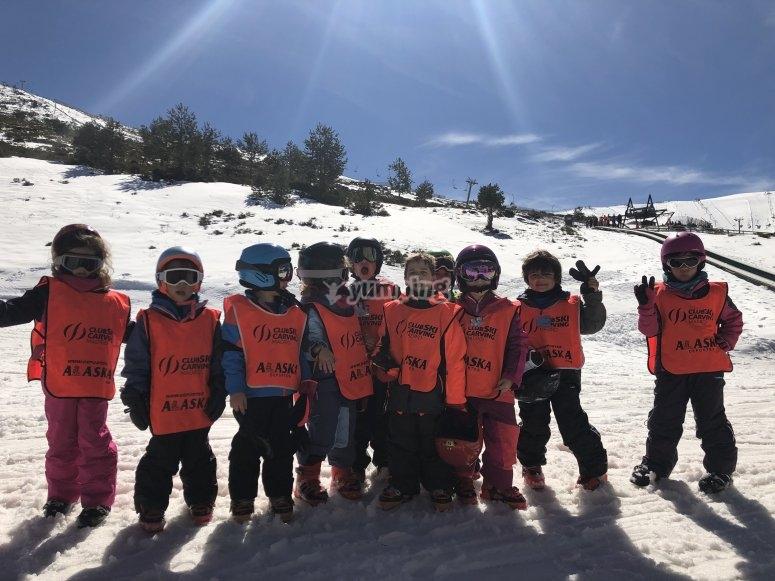 Clase de esquí en Madrid para pequeños