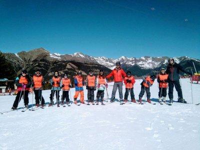 Curso de esquí desde 15 años en Valdesquí 6 días