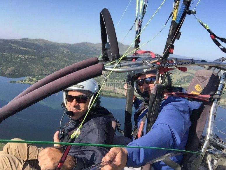 Volo in paramotore in tandem attraverso Guadalix