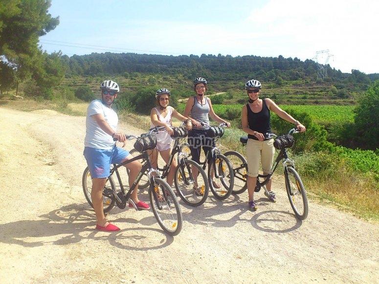 在佩内德斯的自行车手组