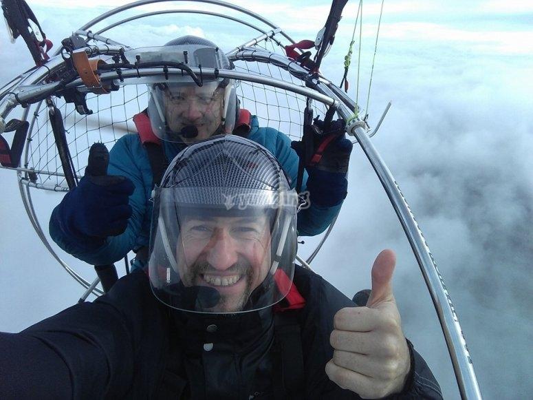 Volar en paramotor por Sierra Norte
