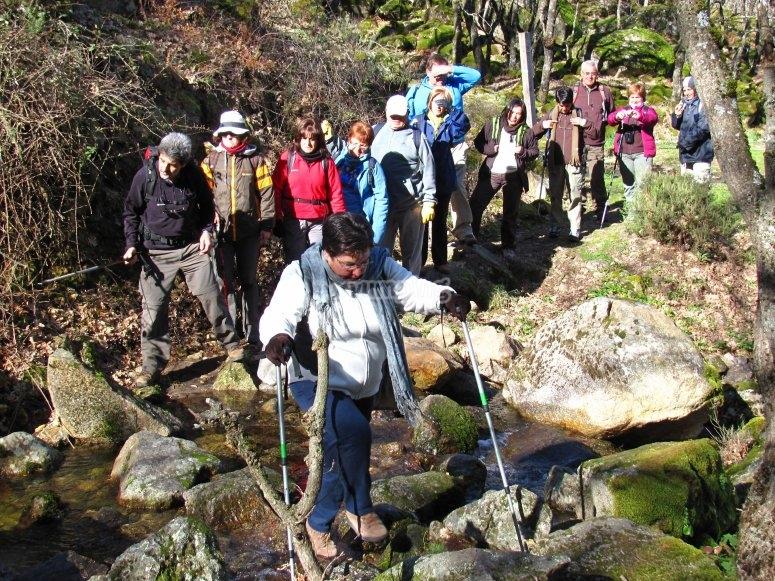 Cruzando entre las aguas del Valle del Jerte