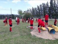 Squadra di calcio che gioca a Sant Pere