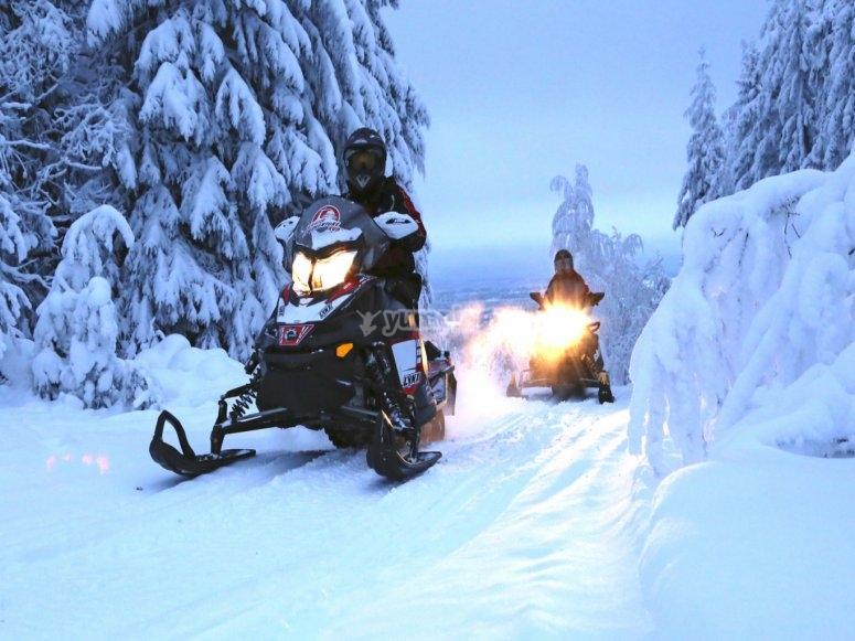 Motos de nieve en Rinconada