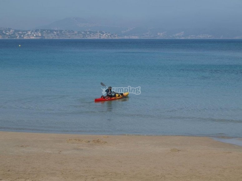 Kayak in mare