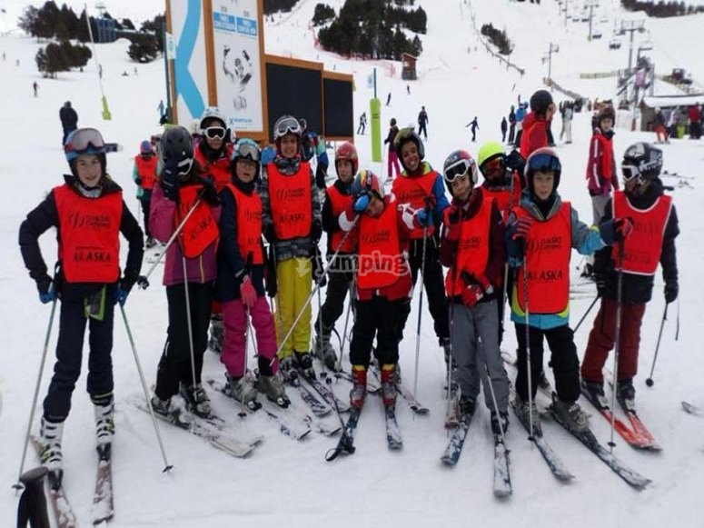 Children learning skiing