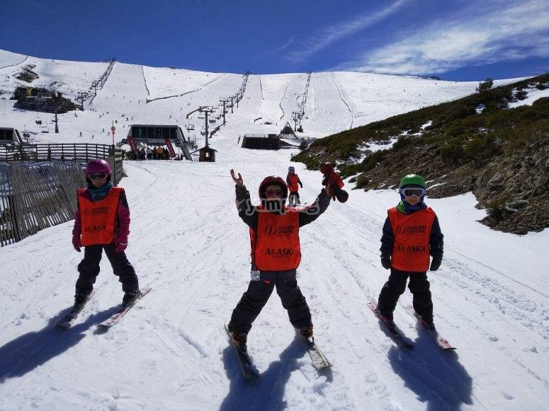 Ski children in Valdesquí