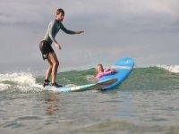 Campo di surf bilingue urbano a San Sebastián
