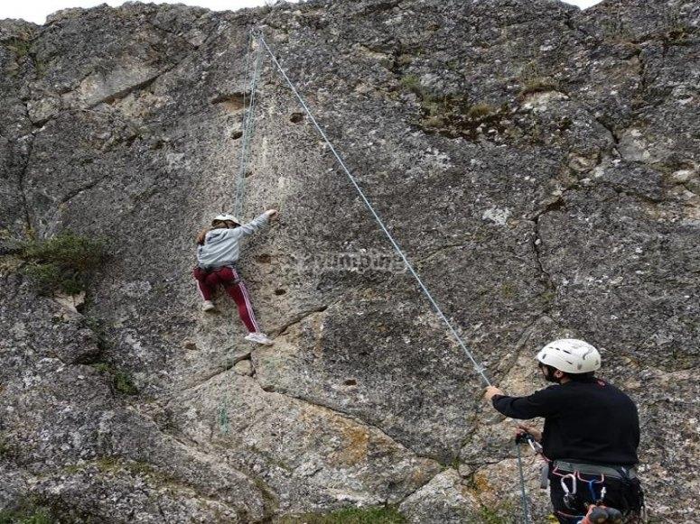 Escalar en roca en Guadalajara