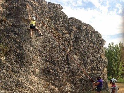 Sesión de escalada en roca en Guadalajara 1 hora