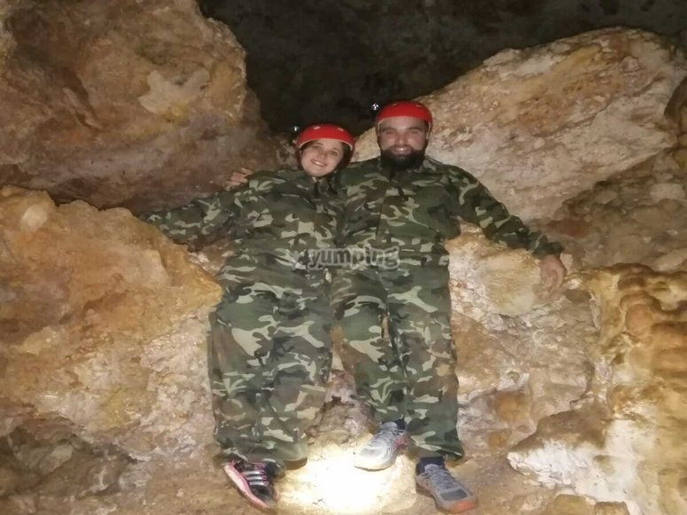 Caving in pairs
