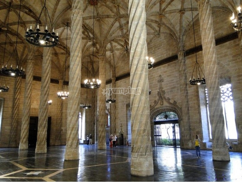 Visita a La Lonja en Valencia