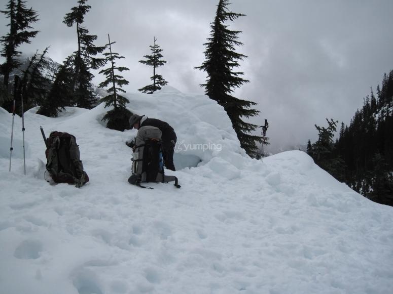 Haz tu propia cueva de nieve