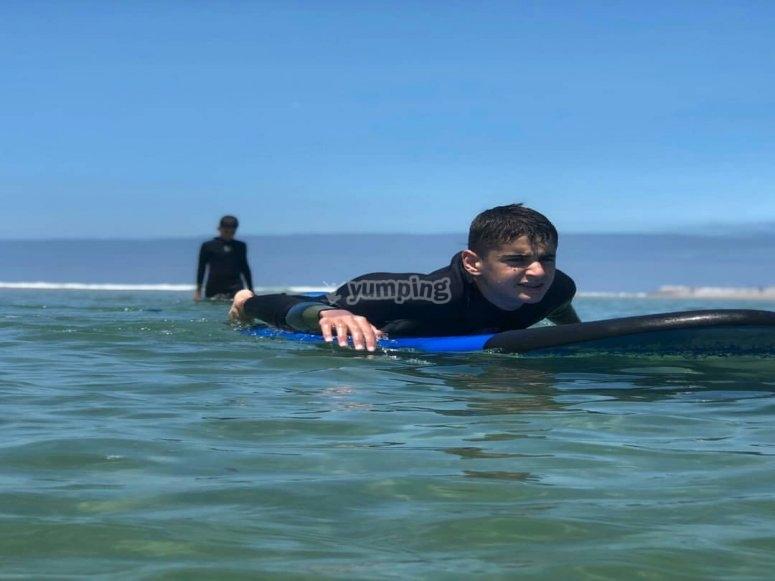 Curso infantil de surf de 4 clases