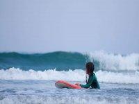 Paquete de 4 clases de surf en playa de Sabón