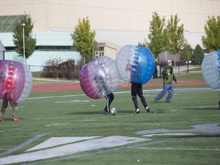 Noleggio attrezzature da calcio a bolle