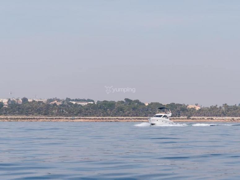 Los paisajes de Torrevieja desde el barco