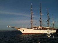 Navigazione su una barca a vela