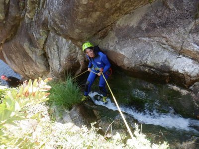 Canyoning on the Verdugo River for 4 hours
