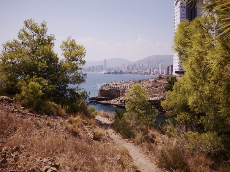 Tourist trail through Benidorm