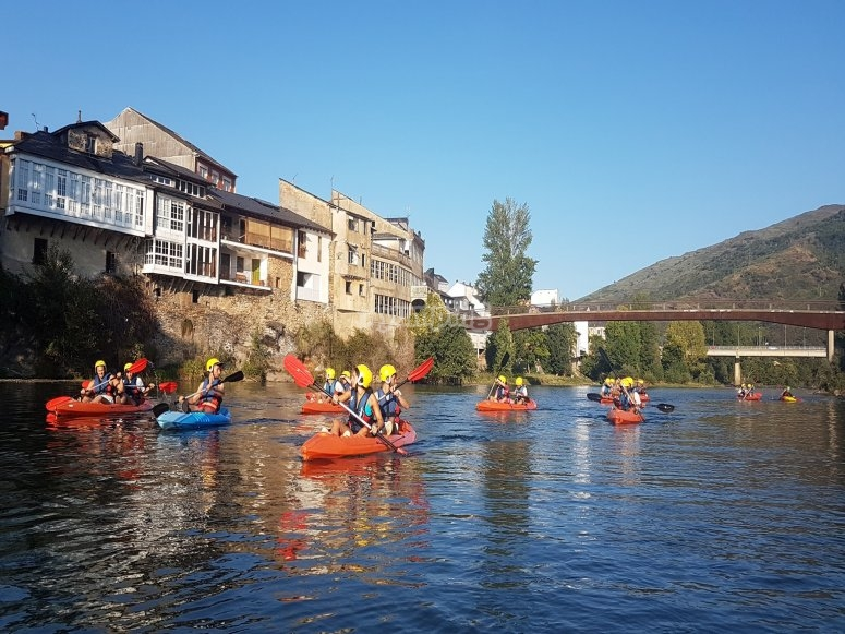 Orense tour across the Sil river