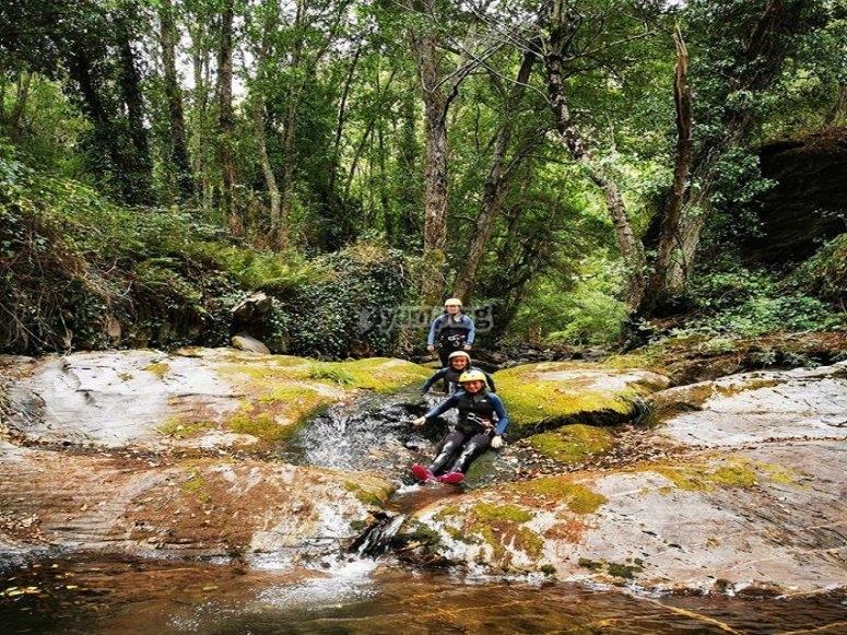 Descenso de barranquismo río Candís
