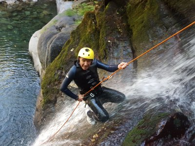 Initiation to canyoning in Candís river 3 hours