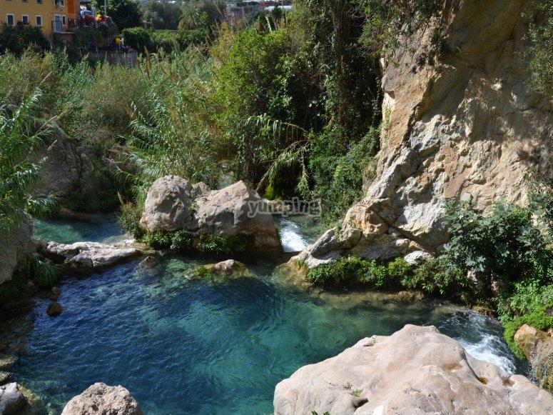 Aguas cristalinas en Las fuentes de Algar