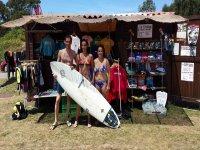 Raccogliere attrezzatura da surf