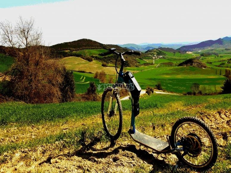 Ruta guiada en e-scooter por Valle de Ultzama