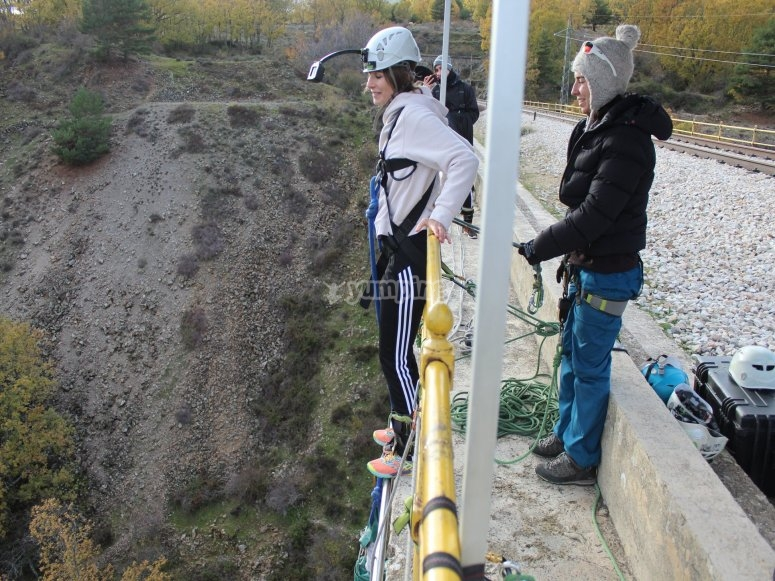 Bungee jumping with photos in Madrid