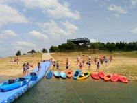 Llerena水库中的水上运动3h