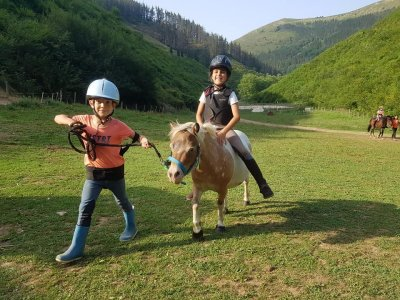 Adventure camp for children 3 days in Lastur
