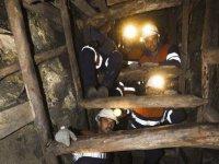 chimenea en la mina Pozo Sotón