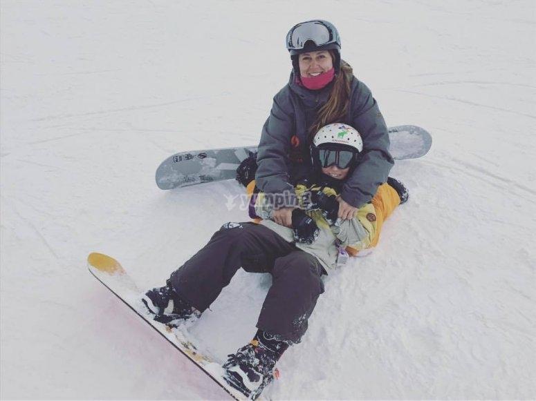 单板滑雪的老师和学生