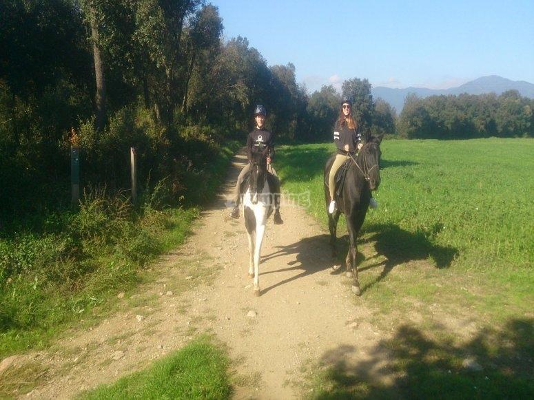 蒙塞尼的骑马游