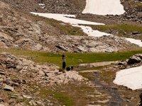 徒步旅行日在内华达山脉景观山