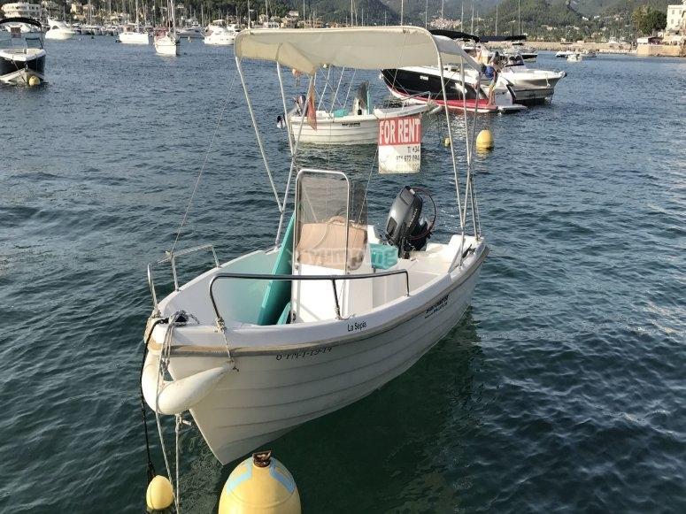 无执照的船与航行
