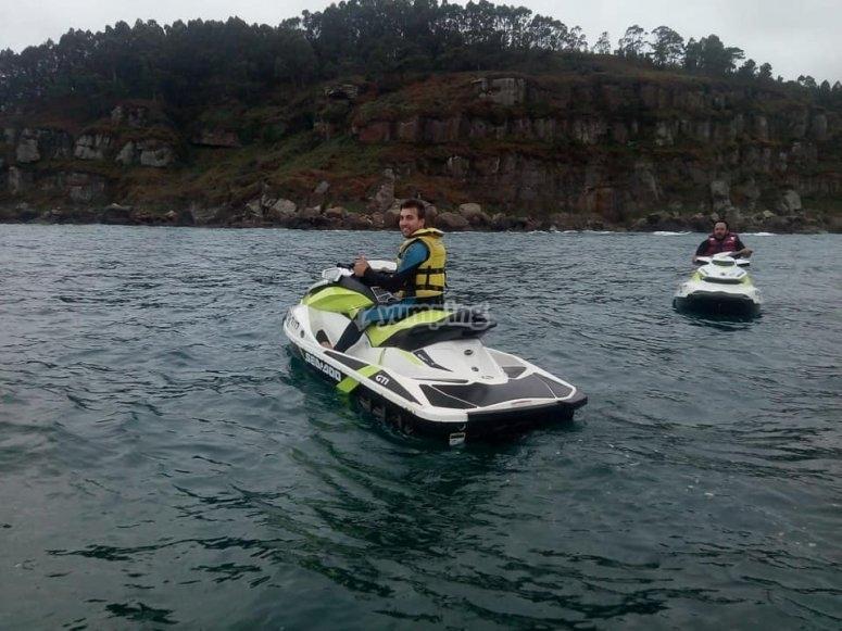 Salida en moto de agua costa asturiana