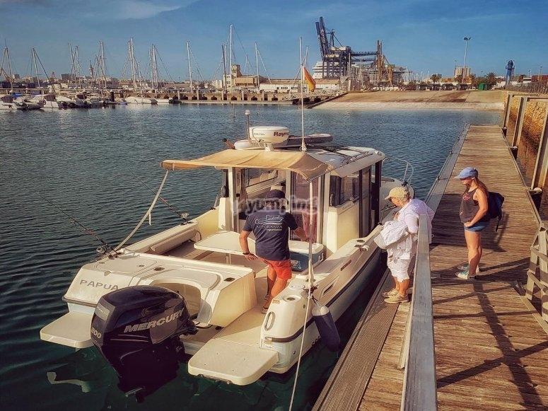 Navegar y pescar en Cádiz