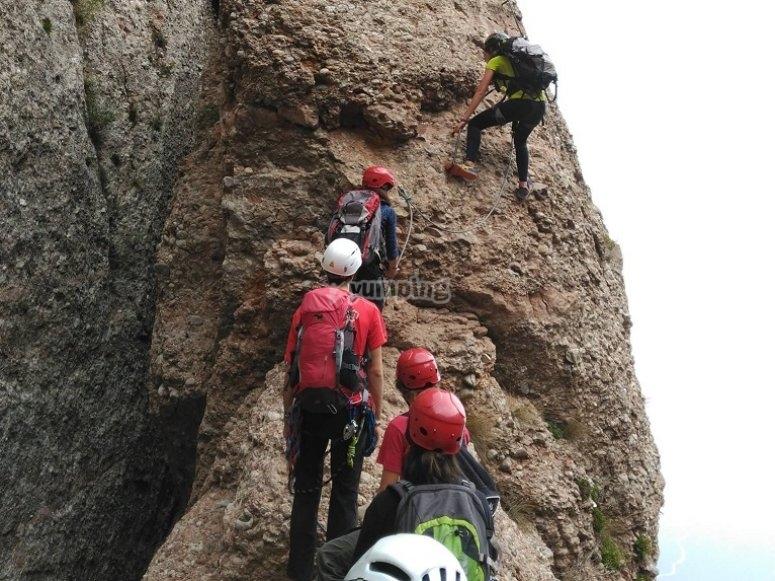 Climbing session for families Montserrat