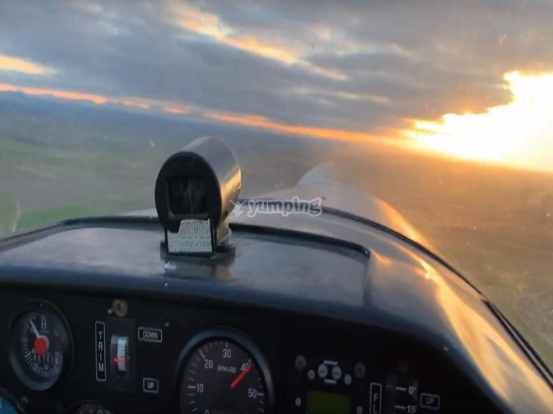 Dashboard and panoramic of the sky