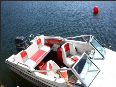 Alquiler barco sin patrón Vilagarcia de Arousa 1 h