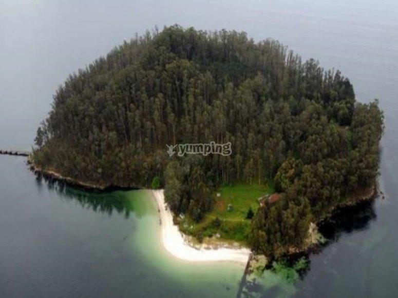 Impressionante visita ad una delle isole