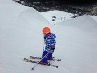 Peque skier
