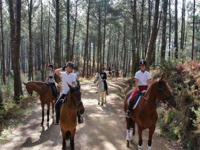 Ruta a caballo de 3 horas por Val Miñor