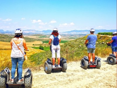 Segway for guided tour through Cuzcurrita 90 min