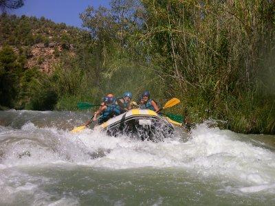 Rafting y comida para despedidas río Cabriel