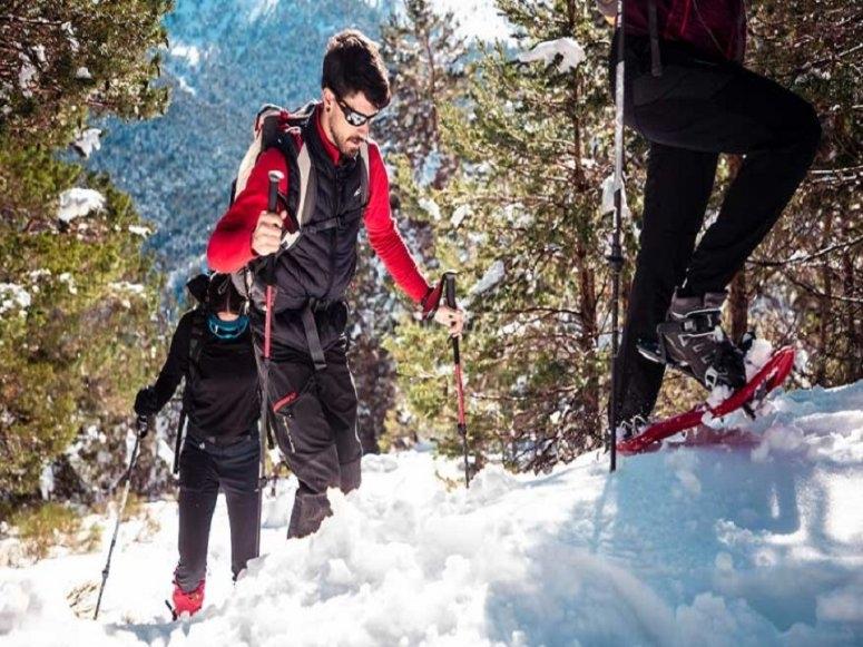 Excursión raquetas de nieve en Siete Picos