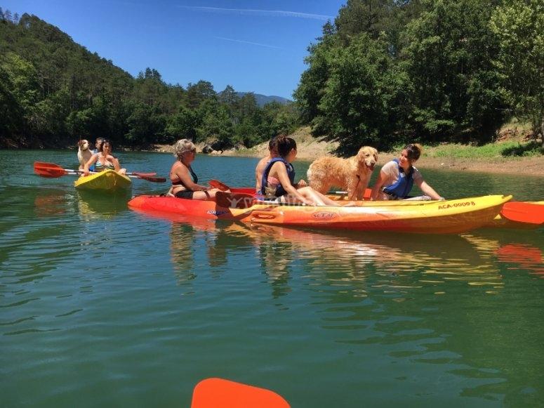 Percorso in canoa tandem nel bacino Baells